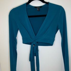 Forever 21 turquoise long sleeve crop top w/ tie